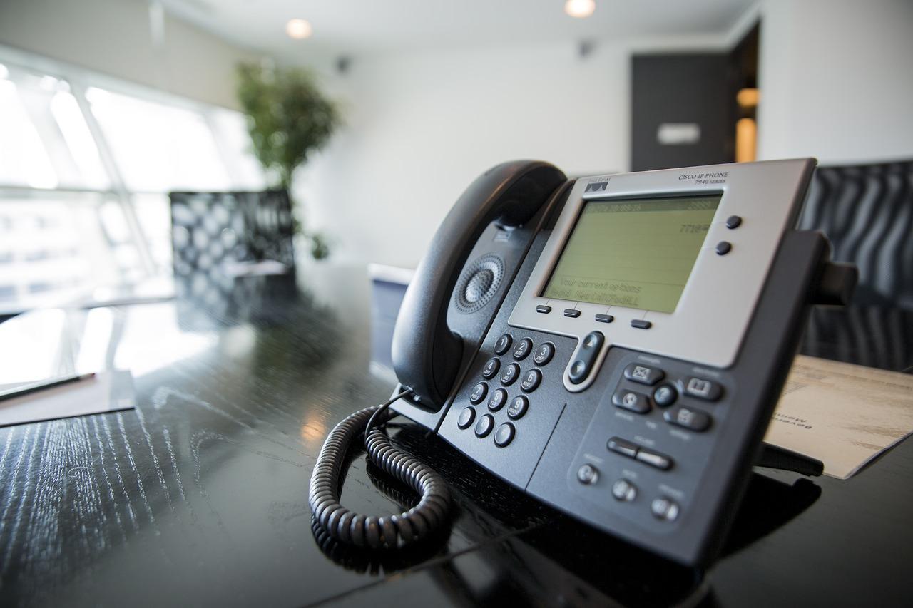 telefone-telephone-telefono